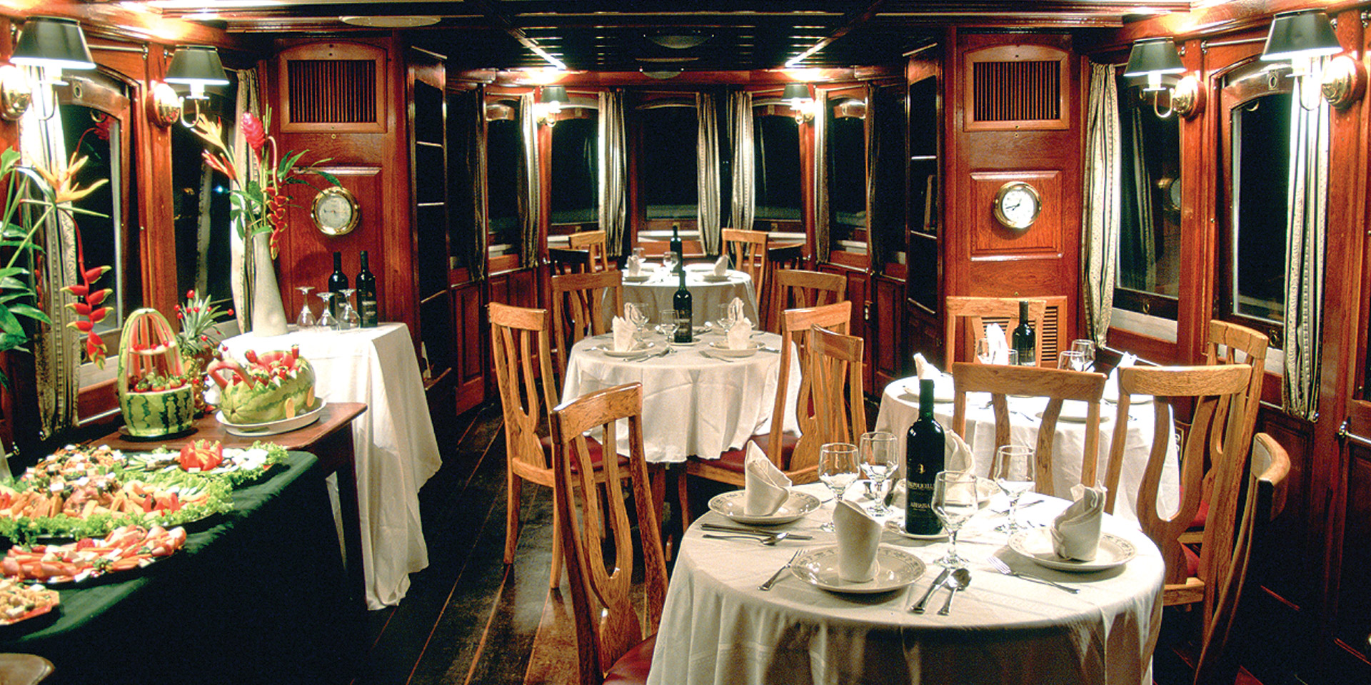 Cruise Dining Room Farewell