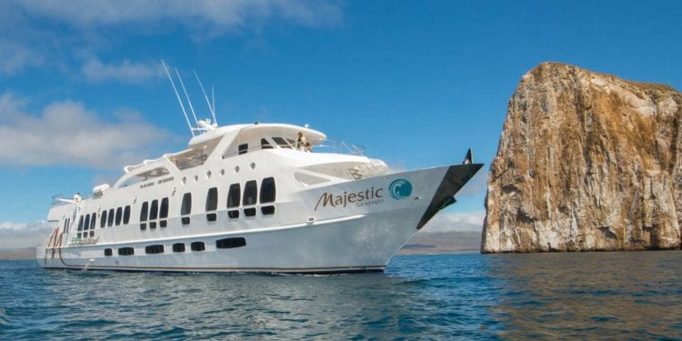 Grand Majestic Galapagos Cruise (Route A)