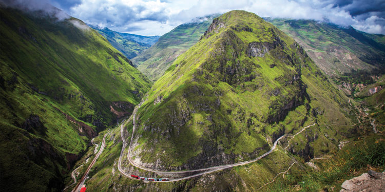 Tren Crucero (Quito to Guayaquil; Tue to Fri)