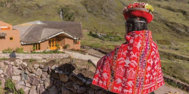 Sacred Valley & Lares Adventure to Machu Picchu